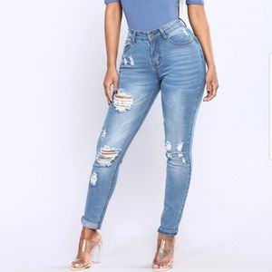 "Fashion Nova ""Before Sun Down"" Jeans NWT"